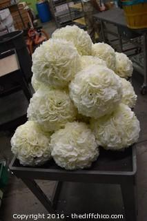 20-10in dia White Rose Flower Balls